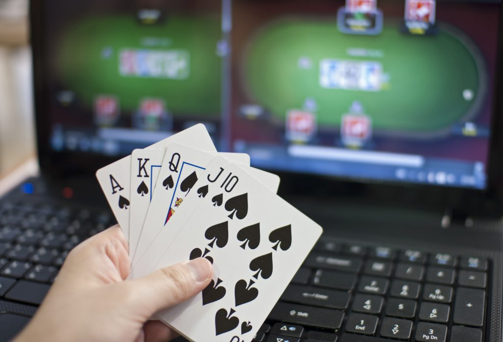 Exceptional Experiences Of Playing Online Poker Gambling